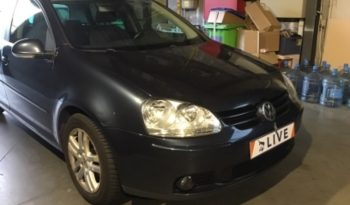 Volkswagen Golf V 1.9 TDI Tour full