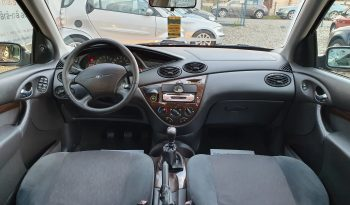 Ford Focus 1.8 TDDI Ambiente full